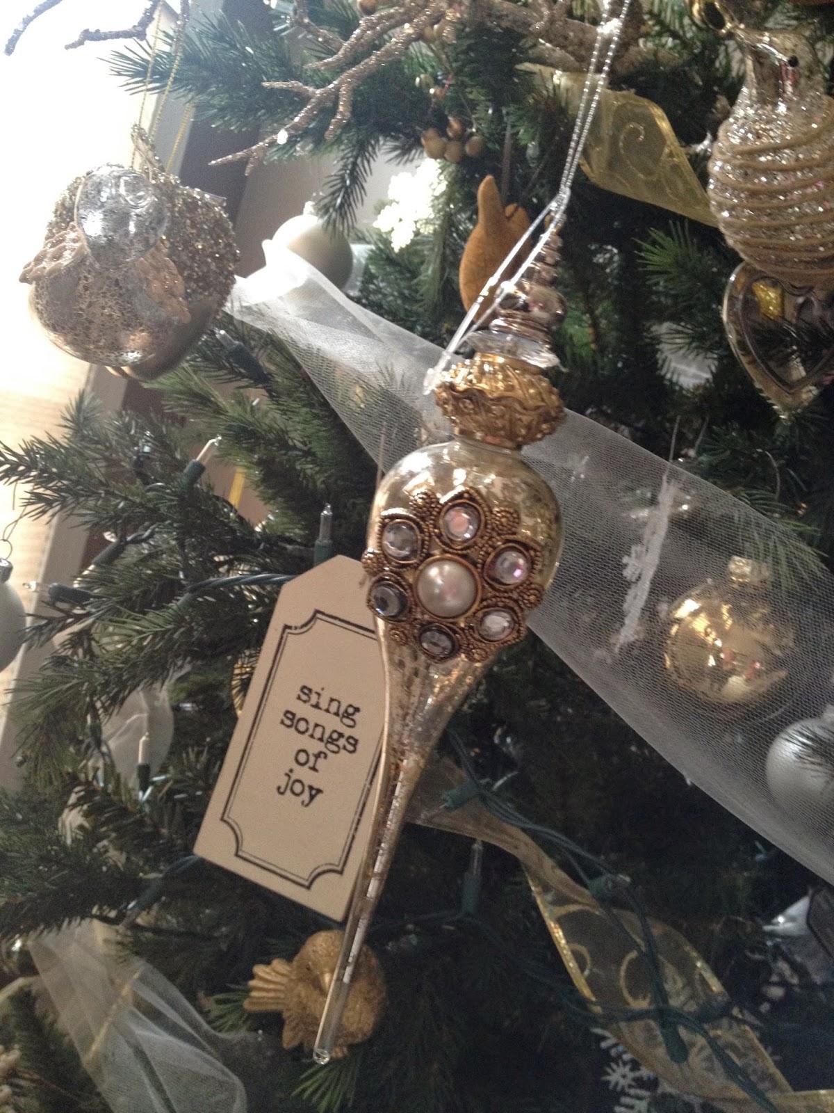 Christmas decorations! (10)
